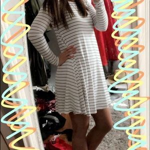 Old Navy Long Sleeve Striped T shirt Dress